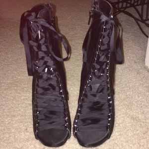 Heeled Lace Up boot styled heel